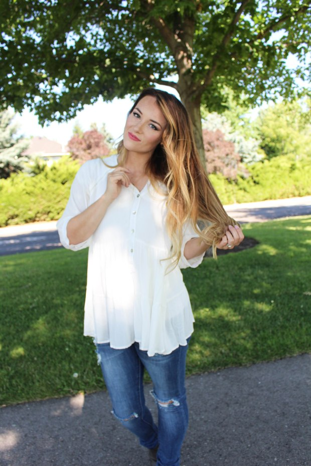 Flowy white top! Women's summer and spring style :)