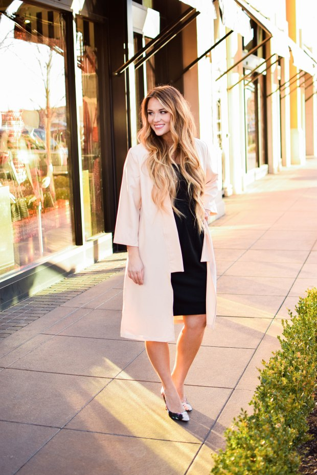 All you need is a light jacket! Loving this long warm tan, slightly peach colored coat! Fall and winter fashion!