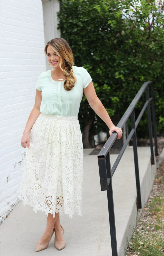 Styling white lace and mint! Loving this mid calf white floral skirt and mint top. I paired this outfit with tan heels and a simple gold bar necklace.