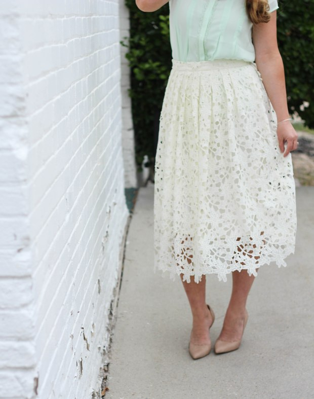 Nude heels, with white lace floral skirt, and mint button up top. Springtime style! Women's style, elegant style, mom style, date night style.